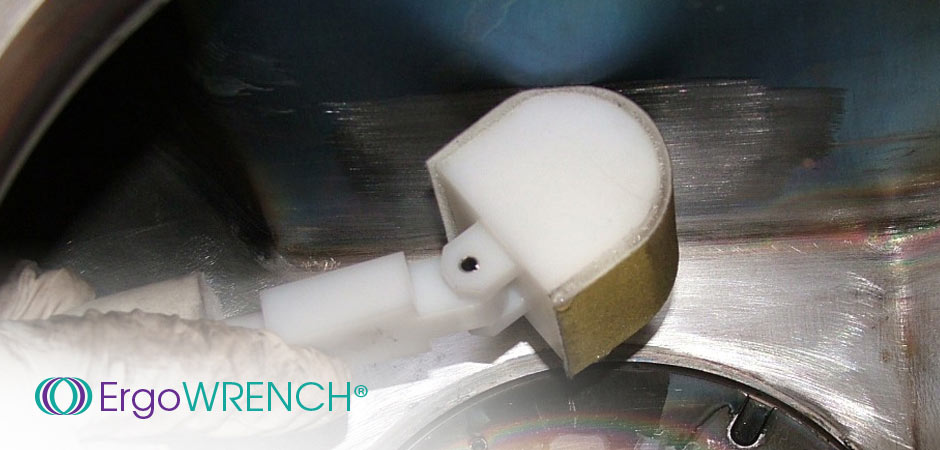 Clean Process By-Product from Hard to Reach Areas of Vacuum Chambers
